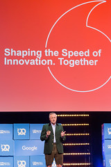 """""""Shaping the speed of innovation. Together"""": the topic of Hannes Ametsreiter's talk at Bits & Pretzels 2019"""