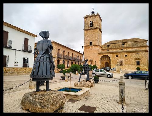 Monumento de El Quijote y Dulcinea