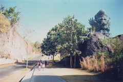 Jalan ke Patung GWK