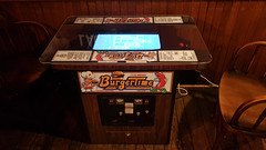 BurgerTime Table Arcade Video Game
