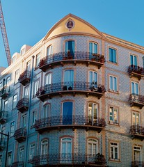 Early XX Century Lisbon Building Restored (2019)