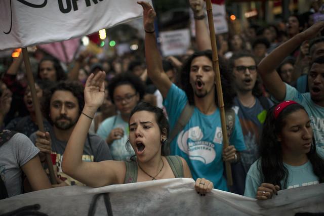 Ato de rua em defesa da educação no dia 13 de agosto deste ano - Créditos: Mauro Pimentel | AFP