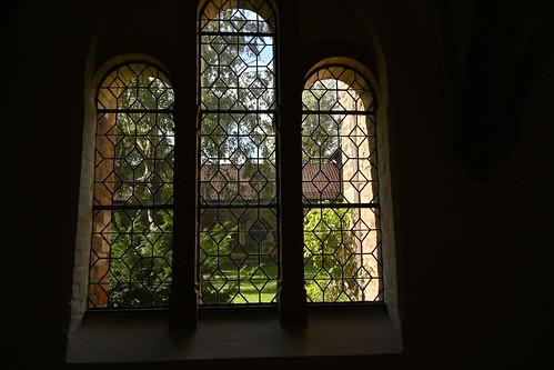 Fenster zum Innenhof am Ratzeburger Dom
