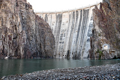 Owyhee Dam from ground