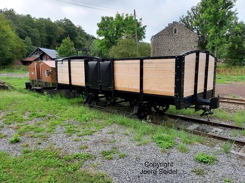 BE-6997 Pont-d'Erezée Gare Tramway Touristique de l'Aisne (TTA) Güterwagen im August 2019