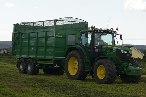 John Deere 6175R Tractor with a Broughan Engineering Mega HiSpeed Trailer