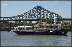 SEADECK moving up Brisbane River-1=