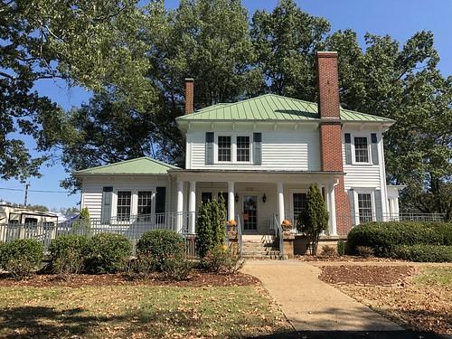 The Buffler House 4201 County Road 47, Florence, AL 35634