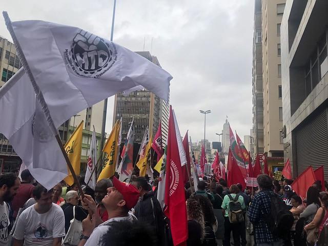 """""""Toda propriedade deveria cumprir sua função social até então, mas Bolsonaro e seus pares decretam guerra contra sociedade civil organizada"""" - Créditos: Foto: Igor Carvalho"""