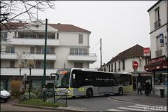 Mercedes-Benz Citaro C2 – Stivo (Société de Transport Interurbaine du Val d'Oise) / STIF (Syndicat des Transports d'Île-de-France) n°911 - Photo of Jouy-le-Moutier