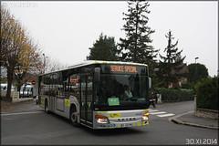 Setra S 415 NF – Stivo (Société de Transport Interurbaine du Val d'Oise) / STIF (Syndicat des Transports d'Île-de-France) n°901 - Photo of Pontoise