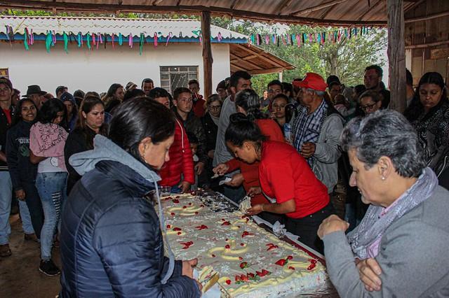 A festa contou com música, celebração e comida para centenas de pessoas - Créditos: Valmir Fernandes