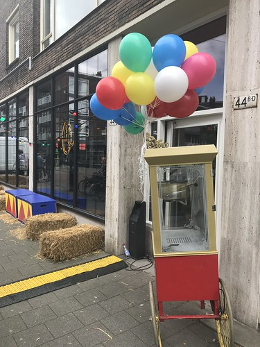 Heliumballonnen Circus Dumbo de Buik van Rotterdam