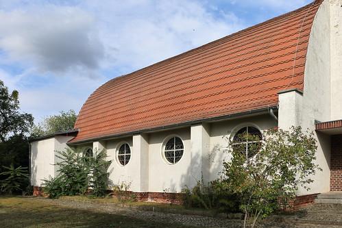 Tangerhütte, Kirche St. Elisabeth, Spitztonnendach, Zollingerdach