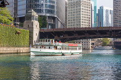 Chicago's Leading Lady cruise boat on a tour along the Chicago River
