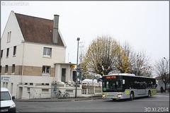 Setra S 415 NF – Stivo (Société de Transport Interurbaine du Val d'Oise) / STIF (Syndicat des Transports d'Île-de-France) n°902 - Photo of Pierrelaye