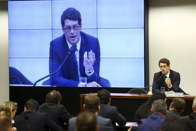 Onze pontos importantes do plano nacional de contingência foram desrespeitados por Ricardo Salles, afirmou Carlos Minc - Créditos: Foto: EBC