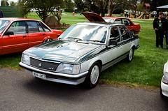 1983 Holden Commodore SL/E (VH) (photo 2)