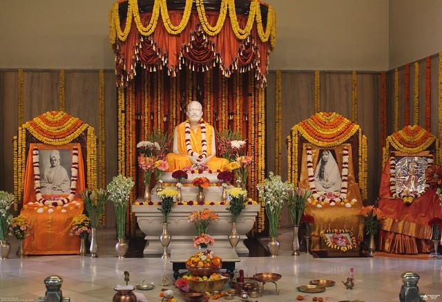 02_Mahashtami_Puja_2019_at_Ramakrishna_Mission_Delhi