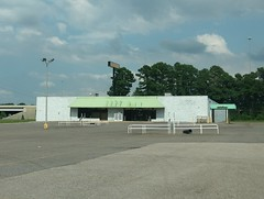 Original Fred's Southaven (post closure)