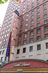 Beim Cadillac Palace Theatre in Chicago wurden seit seiner Renovierung in 1999 viele pre-Broadway Hits aufgeführt