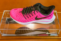 Nike Air Zoom Vomero 14 in pink: women's running shoe specially designed to take responsive cushioning to the next level