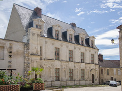 Chateau des Comtes de Gondi - Photo of Laduz