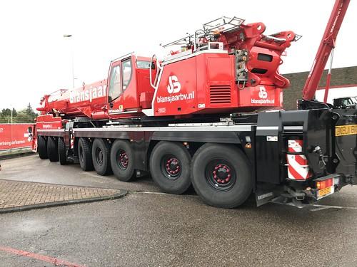 Liebherr LTM1450 8.1