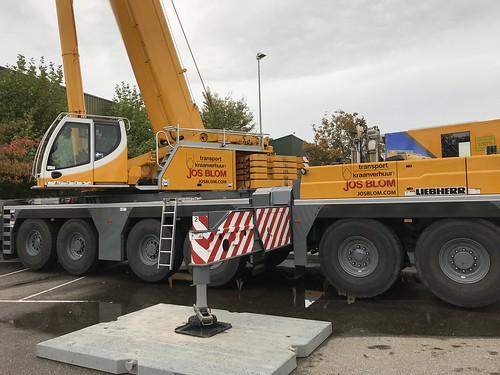 Liebherr LTM cranes