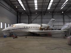 2-SLOW Bombardier Canadair Challenger 604 (Volare Aviation Ltd)