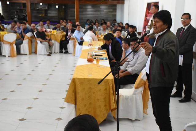 Presidente Evo Morales diz ter gravações em que ex-militares preparam golpe