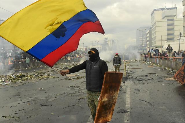 Manifestações no Equador foram encerradas nesta segunda-feira (15) após acordo entre governo e  movimento indígena - Créditos: Foto: Rodrigo Buendia/AFP
