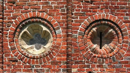 Groningen: Termunten, Ursuskerk brickwork