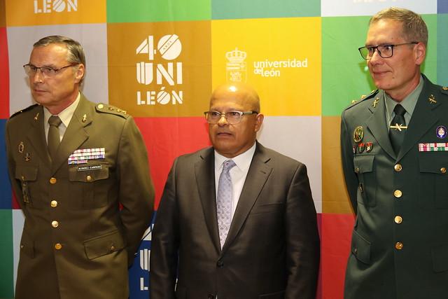 Subdelegado de Defensa, Subdelegado del Gobierno y Jefe del Sector de Tráfico de Castilla y León