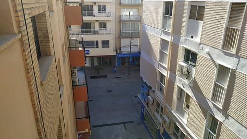 Apartamento situado en pleno centro cerca de la Calle Gambo y de la playa.  Solicite más información a su inmobiliaria de confianza en Benidorm  www.inmobiliariabenidorm.com