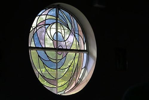 Tangerhütte, Kirche St. Elisabeth, Seitenfenster