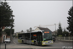 Mercedes-Benz Citaro C2 – Stivo (Société de Transport Interurbaine du Val d'Oise) / STIF (Syndicat des Transports d'Île-de-France) n°913 - Photo of Béthemont-la-Forêt