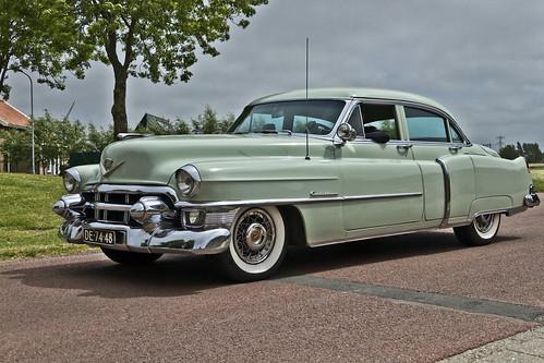 Cadillac Touring Sedan 1953 (3056)
