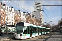 Alstom Citadis 402 – RATP (Régie Autonome des Transports Parisiens) / STIF (Syndicat des Transports d'Île-de-France) n°313
