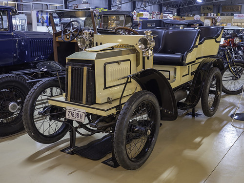 1904 INNES Rear Entry Tonneau - see below