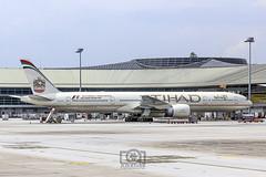 Etihad Airways A6-ETG Boeing 777-3FX(ER)