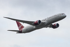 EGLL - Boeing 787-9 Dreamliner - Virgin Atlantic - G-VNEW / Birthday Girl