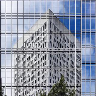 Glass  reflection / Atlanta / architecture