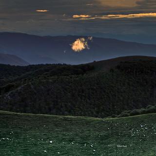 One glowing cloud