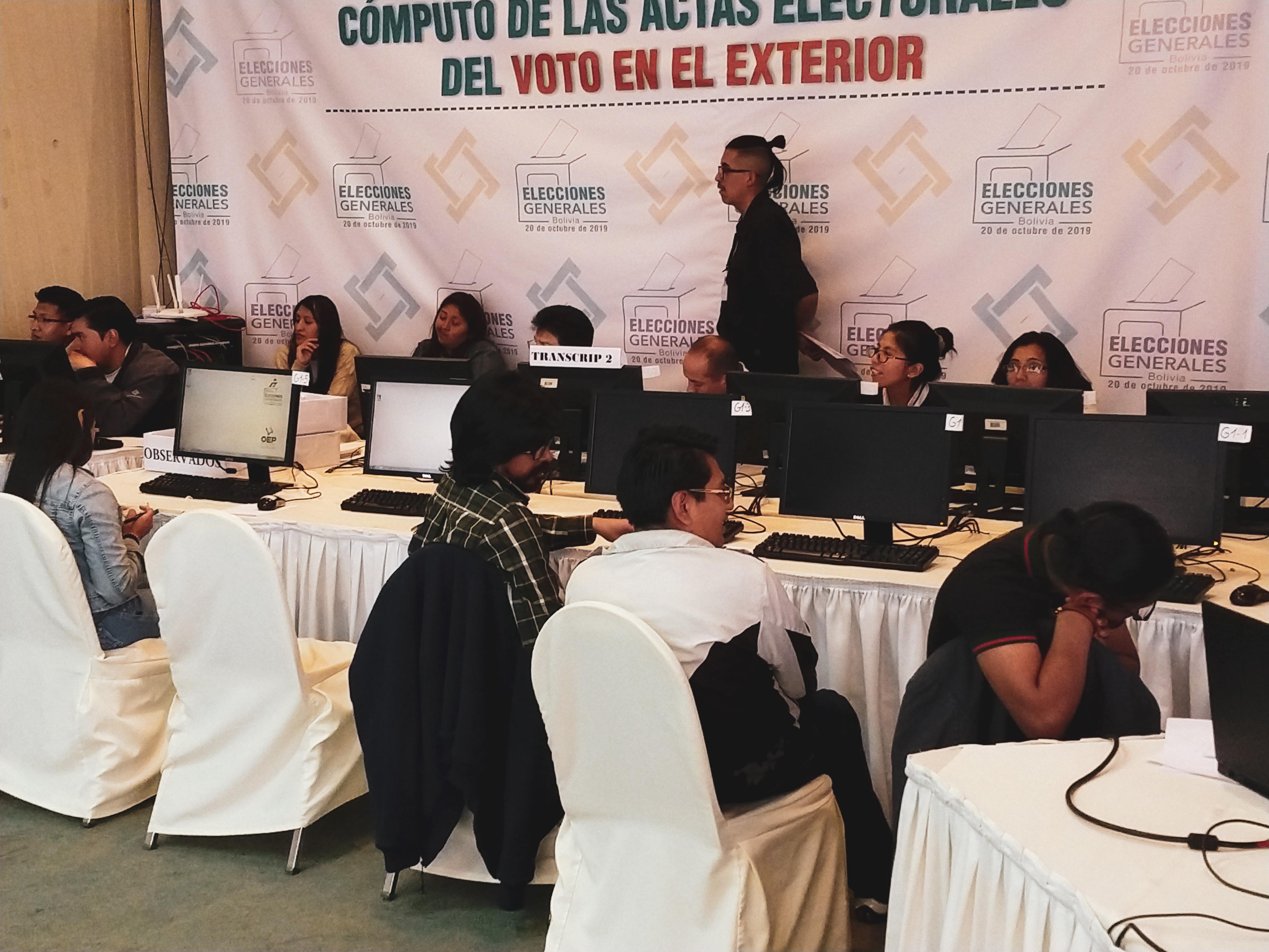 Com 95% das urnas apuradas, Evo avança e pode vencer em primeiro turno na Bolívia
