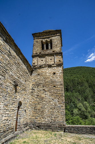 Iglesia de San Bartolomé de Gavín, Serrablo (Pirineo Aragonés)
