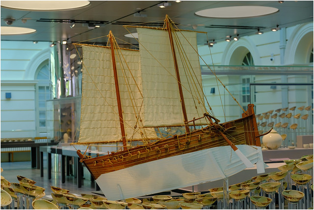Photo:Asian Civilisations Museum, Singapore.04. Part of Tang shipwreck collection (circa. 900CE).08 By Geoff Whalan