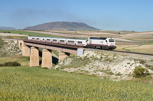 Talgo Almería-Madrid por el Viaducto de Laborcillas
