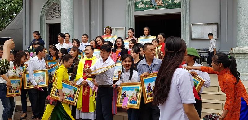 Hat Cam Xuyen le Truyen giao 2019