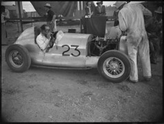 Bill MacLachlan in his MG TA racing car, Grand Prix, Bathurst, October 1946